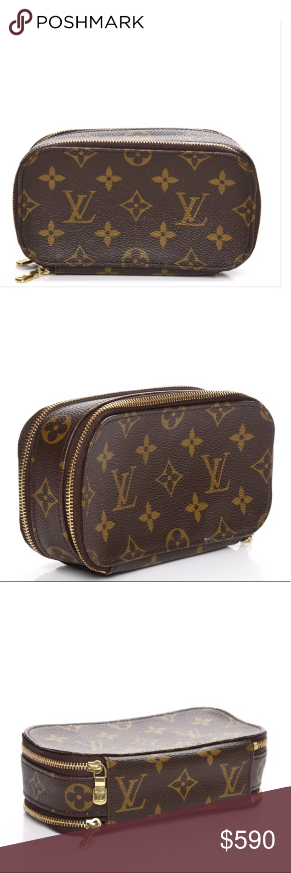 Brown Gucci cosmetic travel bag Cute brown Gucci parfums