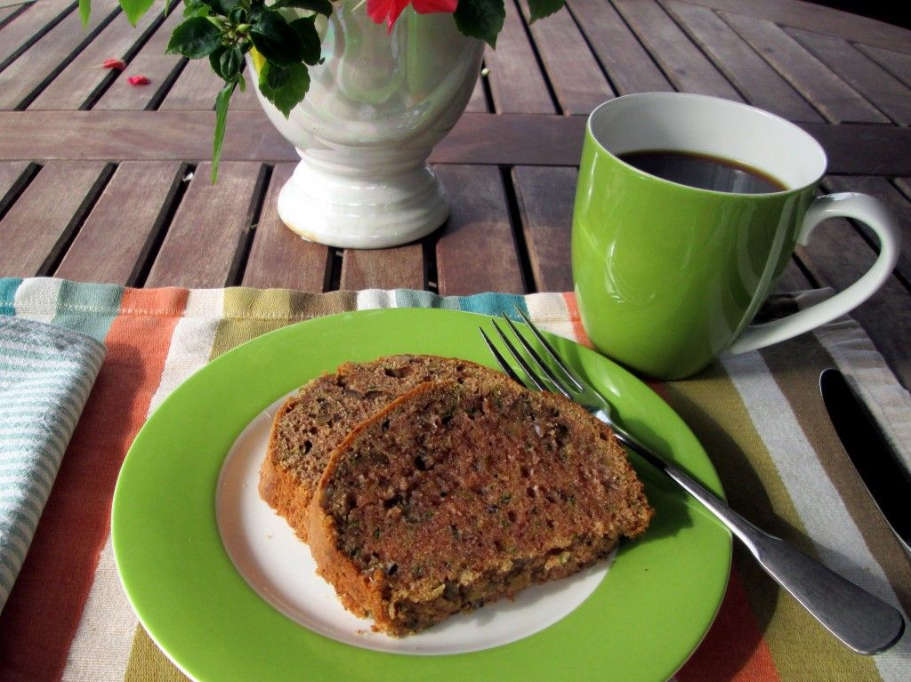 Recipe: Spiced Zucchini Bread with Pecans (and an experiment with coconut oil)