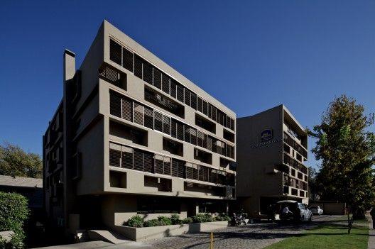 Hotel Los Españoles / Gonzalo Mardones (Providencia, Santiago , Chile) #archtiecture