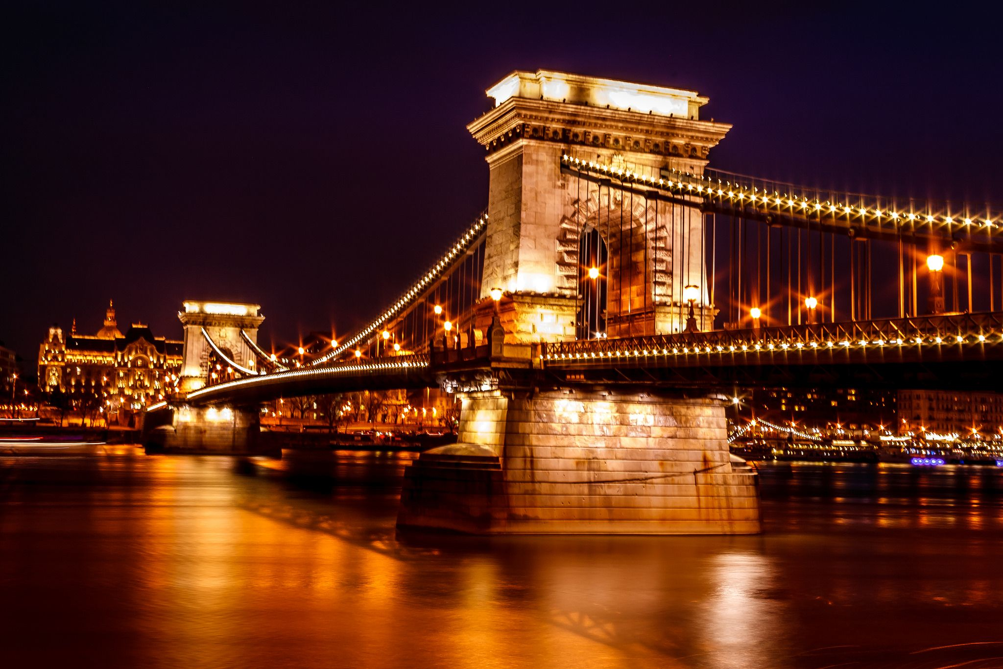 https://flic.kr/p/rxZwHu | Chain Bridge