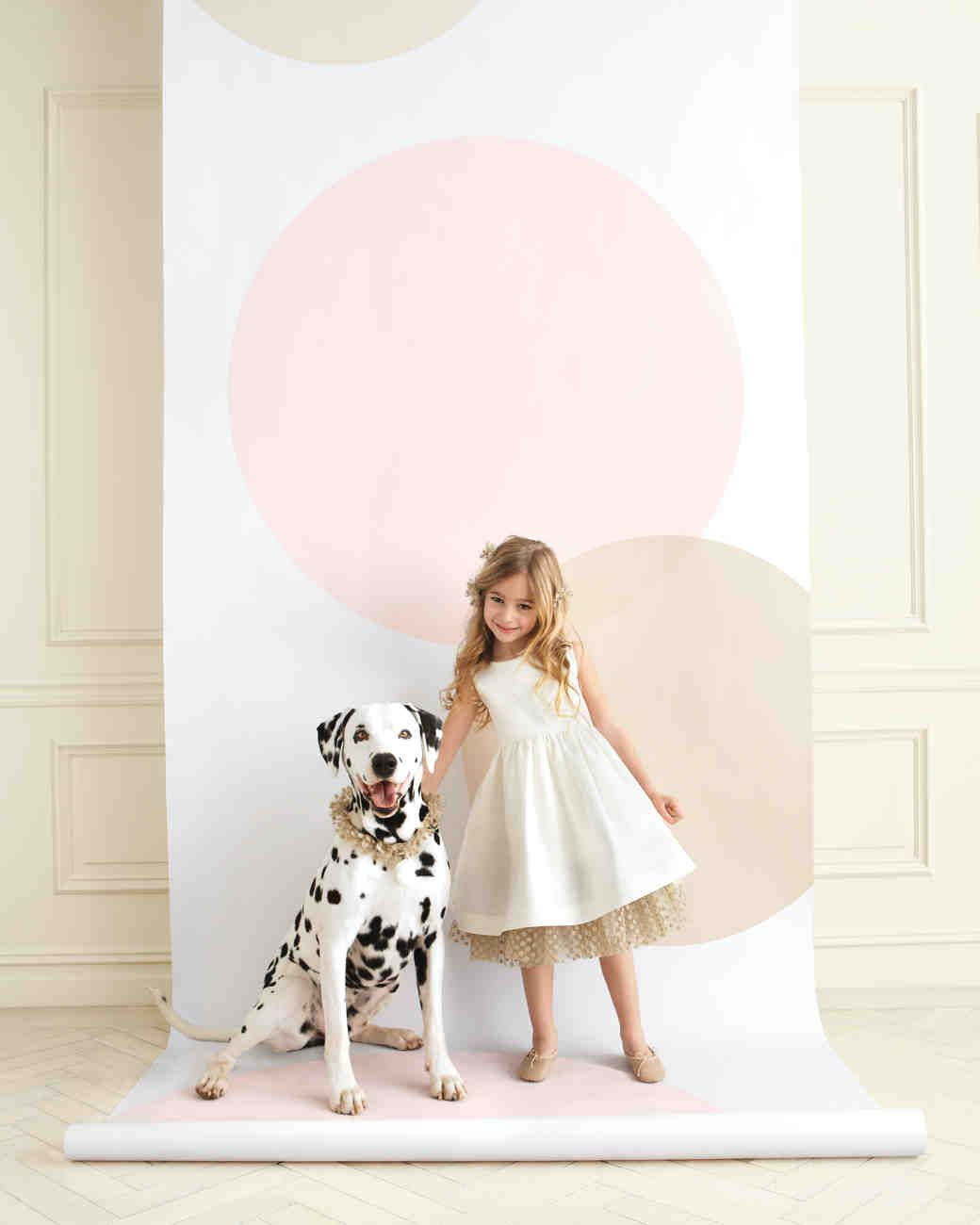 diy photo booth backdrops to upgrade your wedding reception