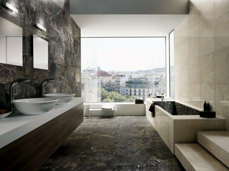 cuartos de baño con marmol madera vista pared