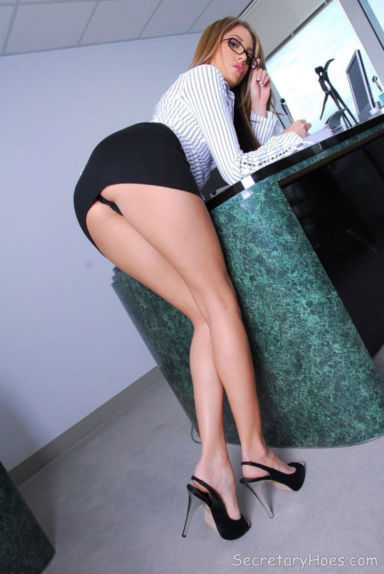 Hot Office Girls Office Girl Wow I  E2 9d A4 To See Her Panties And Legs F0 9f 92 8b
