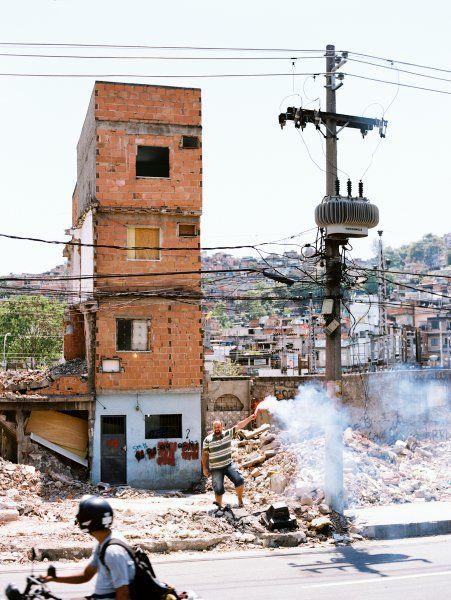 Gemeinsam mit seiner Mutter lebte der Brasilianer Eomar in diesem vierstöckigen...