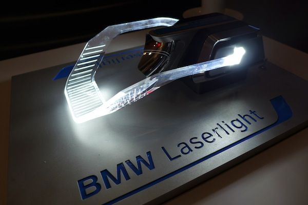 Bmw Light Days Workshop Showcases Laser Light And Future Oled Technology Headlamp Design Concept Cars Automotive Design