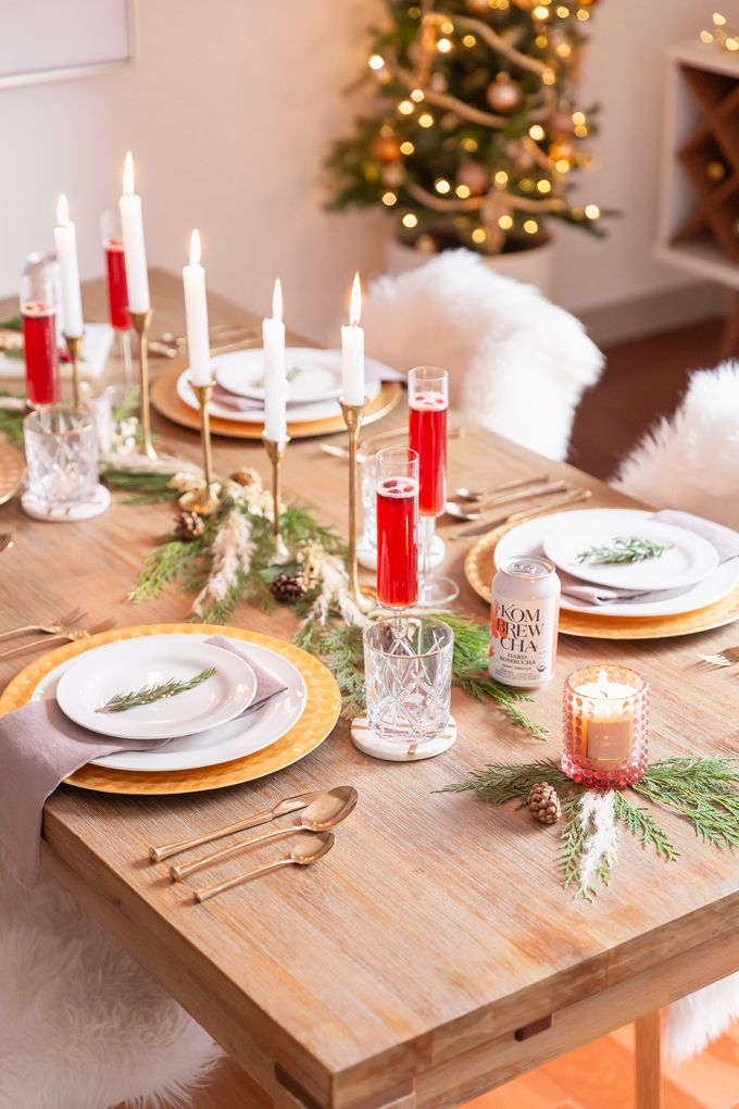 EASY HOLIDAY ENTERTAINING IDEAS | Dinner party decorations ...
