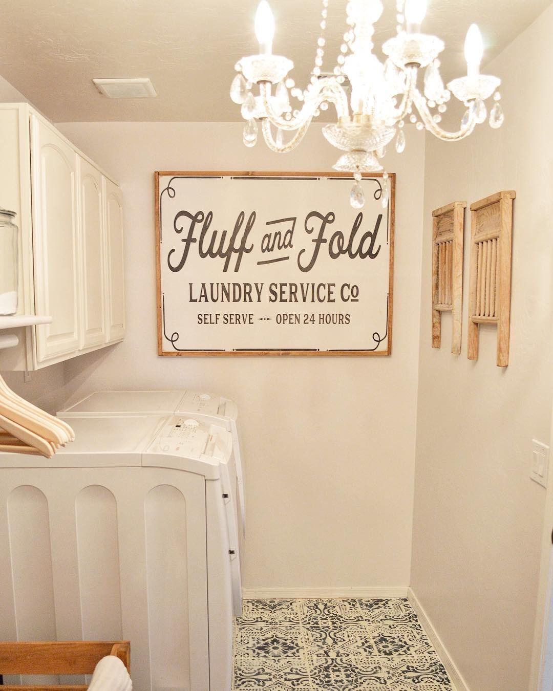 4 921 Likes 117 Comments Natalie Kolter Vintage Porch Vintageporch On Instagram Best Laundry Room Si Laundry Room Decor Laundry Room Signs Laundy Room