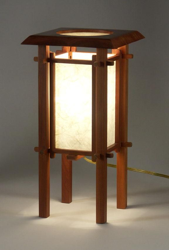 Traditional Japanese Lamp Google Search Japanese Lamps Wooden Lanterns Wooden Lamp