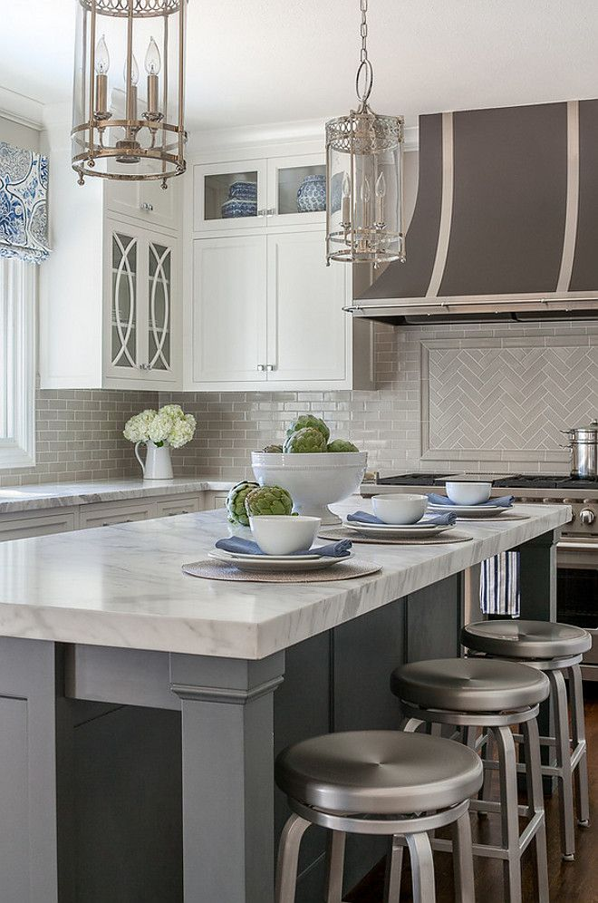 Kitchen Interior Design Ideas Classic: Classic White Kitchen With Grey Backsplash (Home Bunch