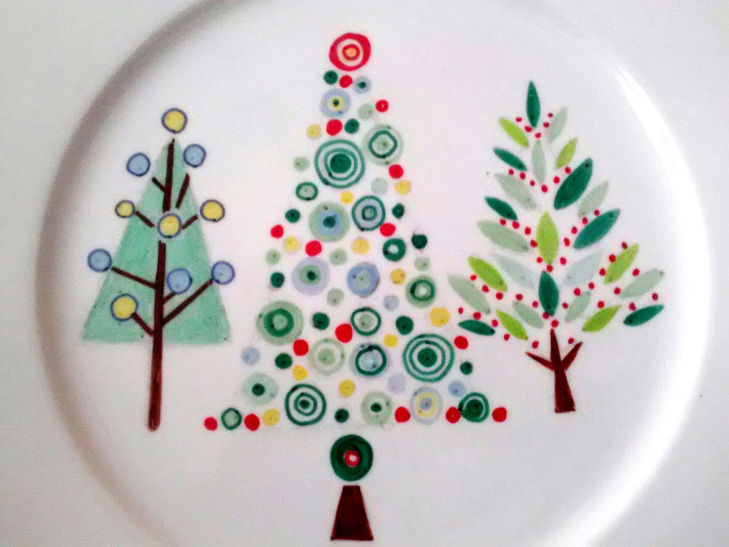 Retro Christmas Tree Plate Decorative Purposes Only 20 00 Via Etsy Pottery Painting Paint Your Own Pottery Sharpie Plates