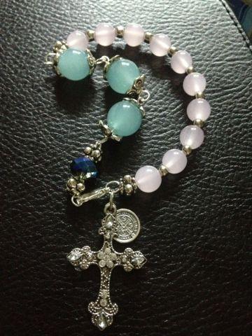Pulseras Decenarios YouU Set of 5 Handmade Rosary Cross Bracelets
