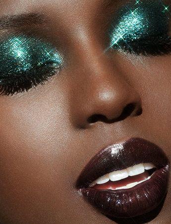 1970s Makeup Disco, Disco 70s, 70s Disco Fashion, Eye Makeup, Glam Makeup