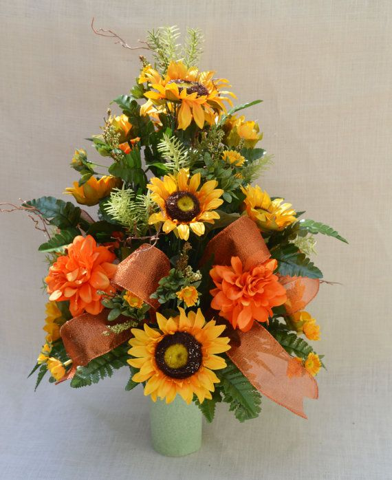 No 5056 Sun Flower Fall Cemetery Arrangement By Aflowerandmore Bunga