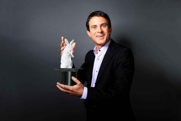 Humour : la photo de Manuel Valls détournée par les internautes | Planet