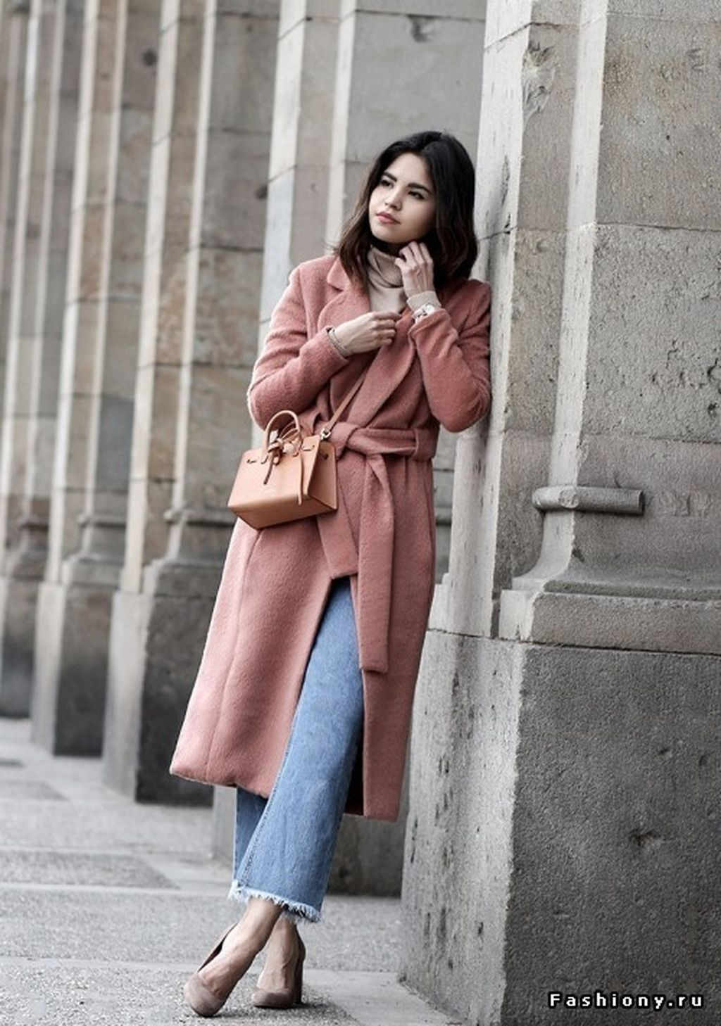 charming valentines date outfits ideas for girls torn jeans