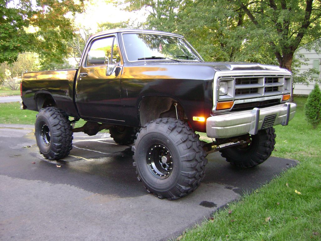 1000 images about dodge truck stuff on pinterest dodge pickup dodge ramcharger and trucks