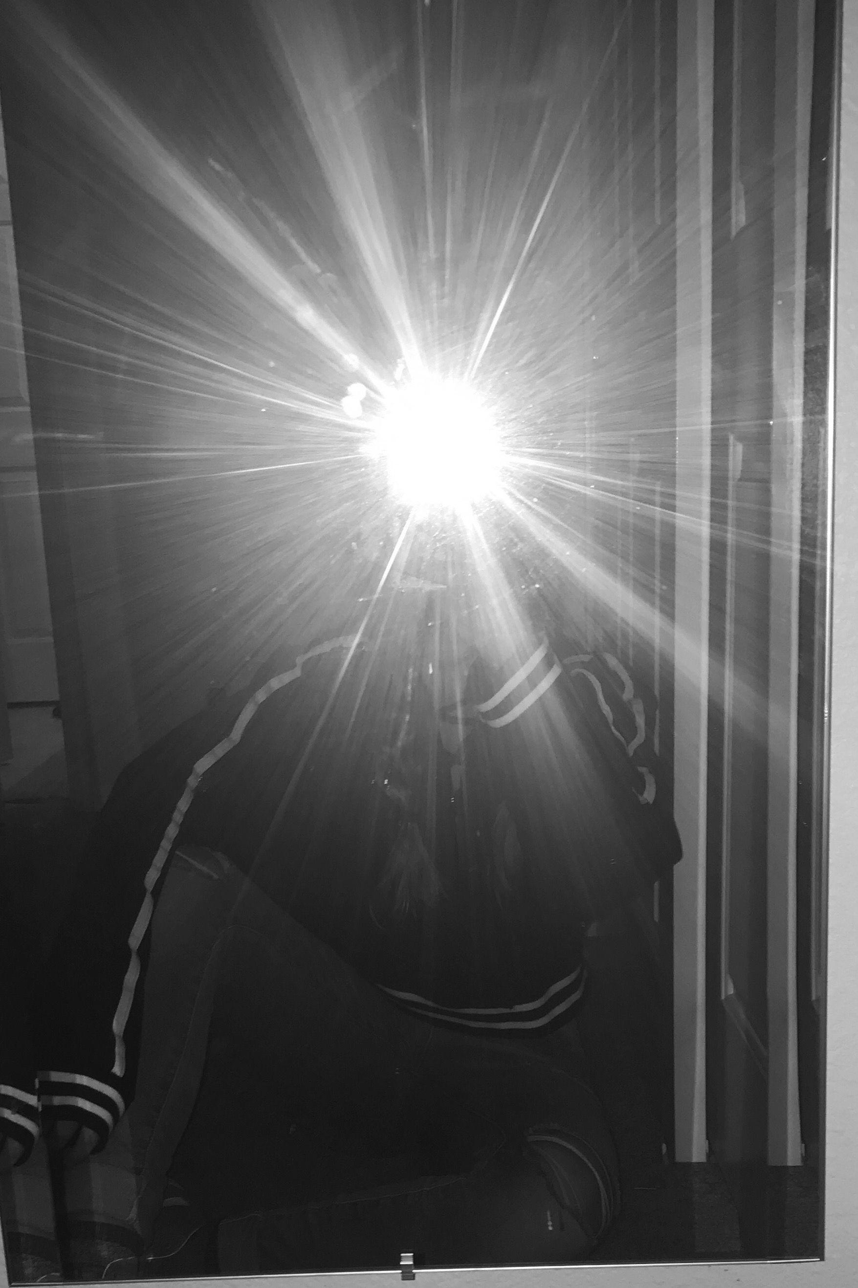 Aesthetic Mirror Selfie Boy