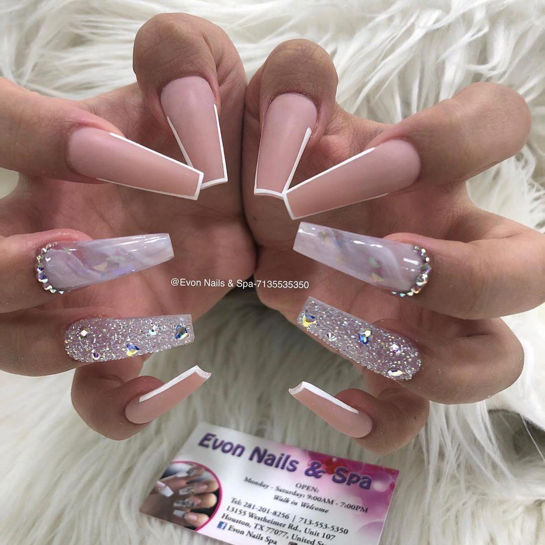 Evon Nails Spa On Instagram 140 Swarovskinails 117 Marble Pixiecrytal Follow Evon Nails Hous Pretty Acrylic Nails Bling Acrylic Nails Swarovski Nails
