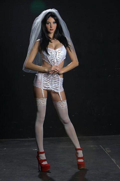 Amber Sym   Bridal beauty, Fashion, Style
