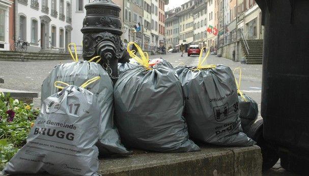 Wir produzieren in der Schweiz jährlich rund 700 Kilogramm Müll pro Kopf. Quelle: az