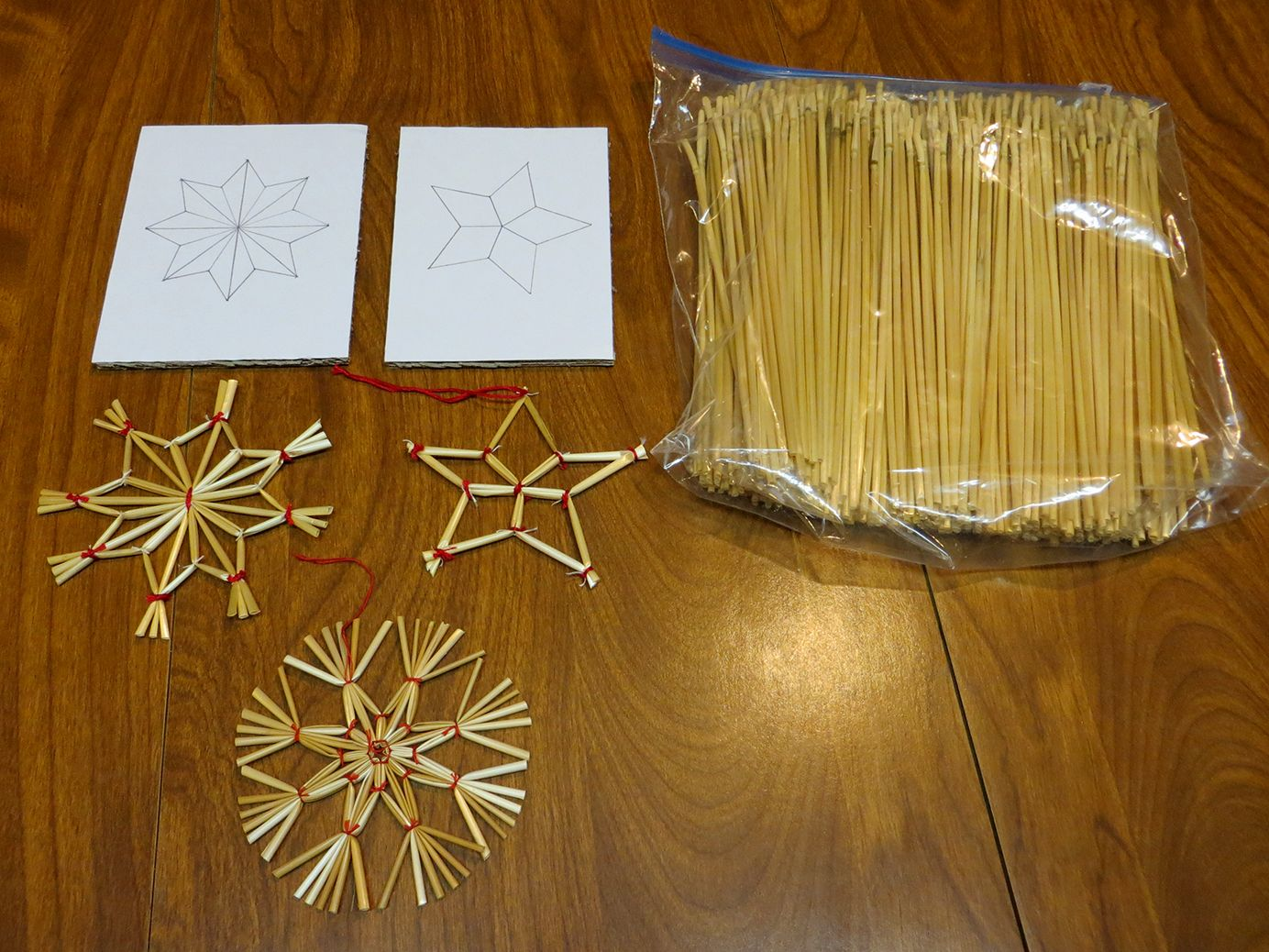 Wheat Weaving Supplies And Sample Ornaments We Can Make Christmas Crafts Decorations Handmade Christmas Decorations Walnut Shell Crafts