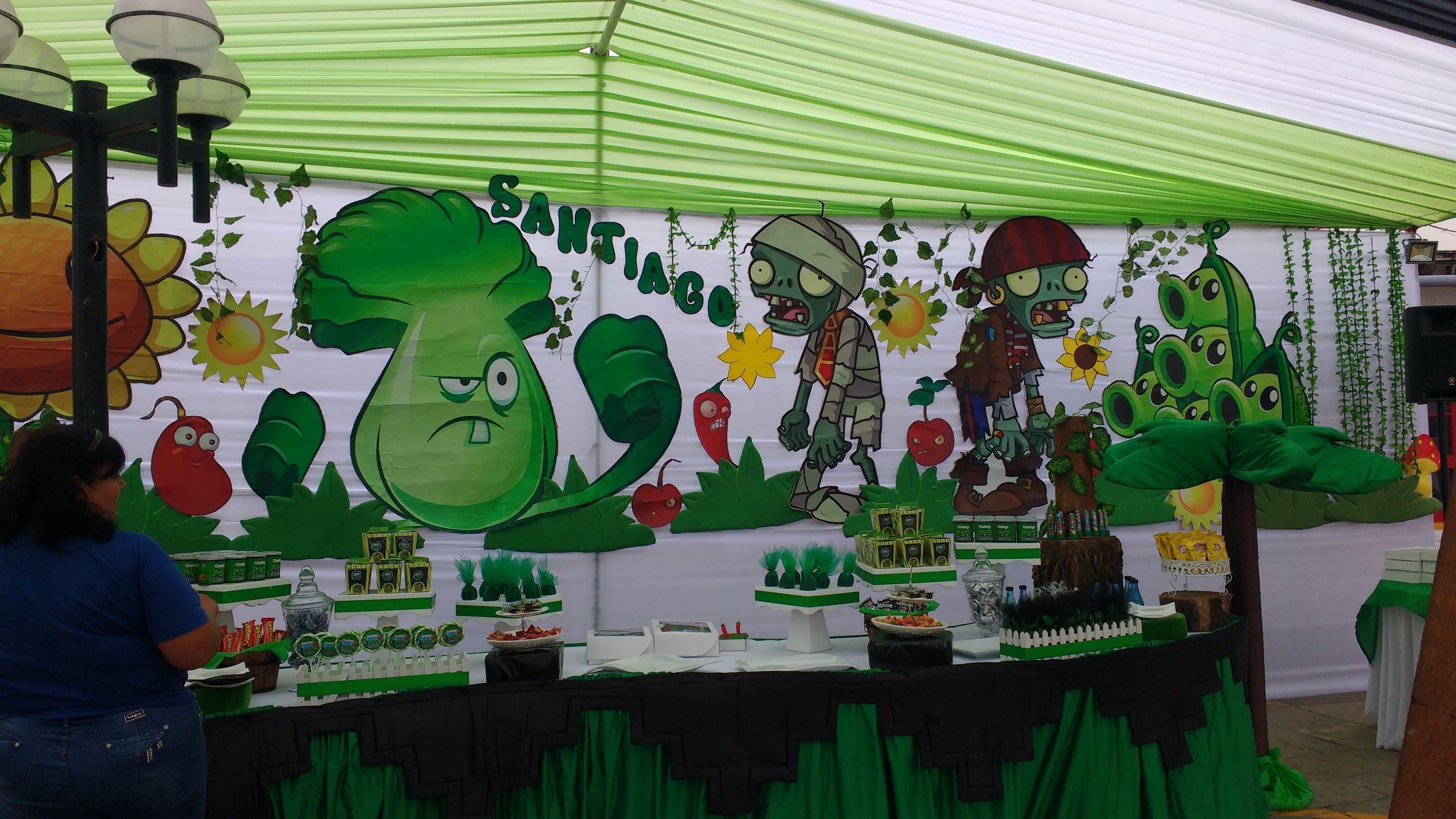 Fiesta tem tica plantas vs zombies de santiago 5 a os for Cuartos decorados de plants vs zombies