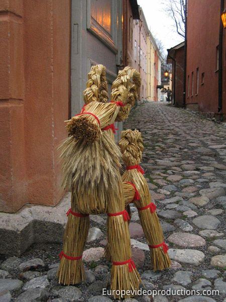 traditionelle finnische weihnachtsdekoration julbock feste weihnachten skandinavischer