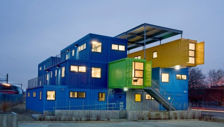 10 Office Buildings Made From Shipping Containers Gruzovye Kontejnery Zdaniya Ofisnye Zdaniya