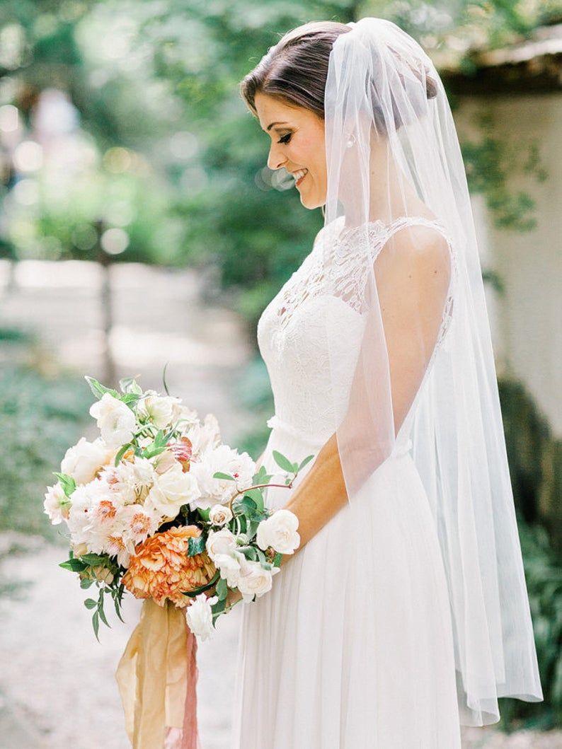 Fingertip Length Wedding Bridal Veil White Veil Ivory Veil Etsy Ivory Bridal Veil Wedding Bridal Veils Wedding Dresses Simple [ 1059 x 794 Pixel ]