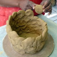 Pottery Classes, Sculpture, Group, and Painting on pottery classes - Rhoda Henning's Pottery Studio #potteryclasses