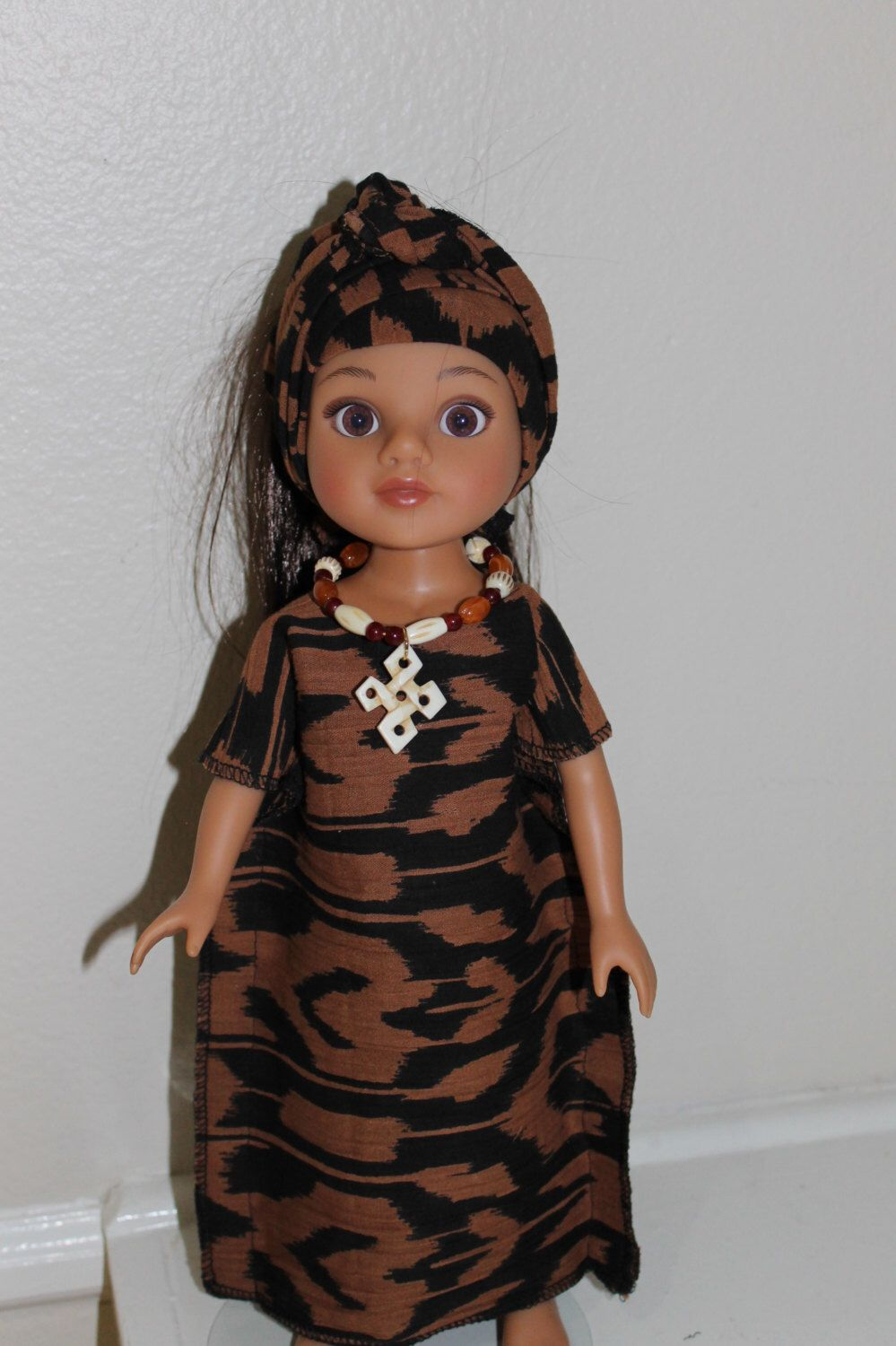 A lovely kaftan, head wrap and necklace for your Wellie Wishers or ...