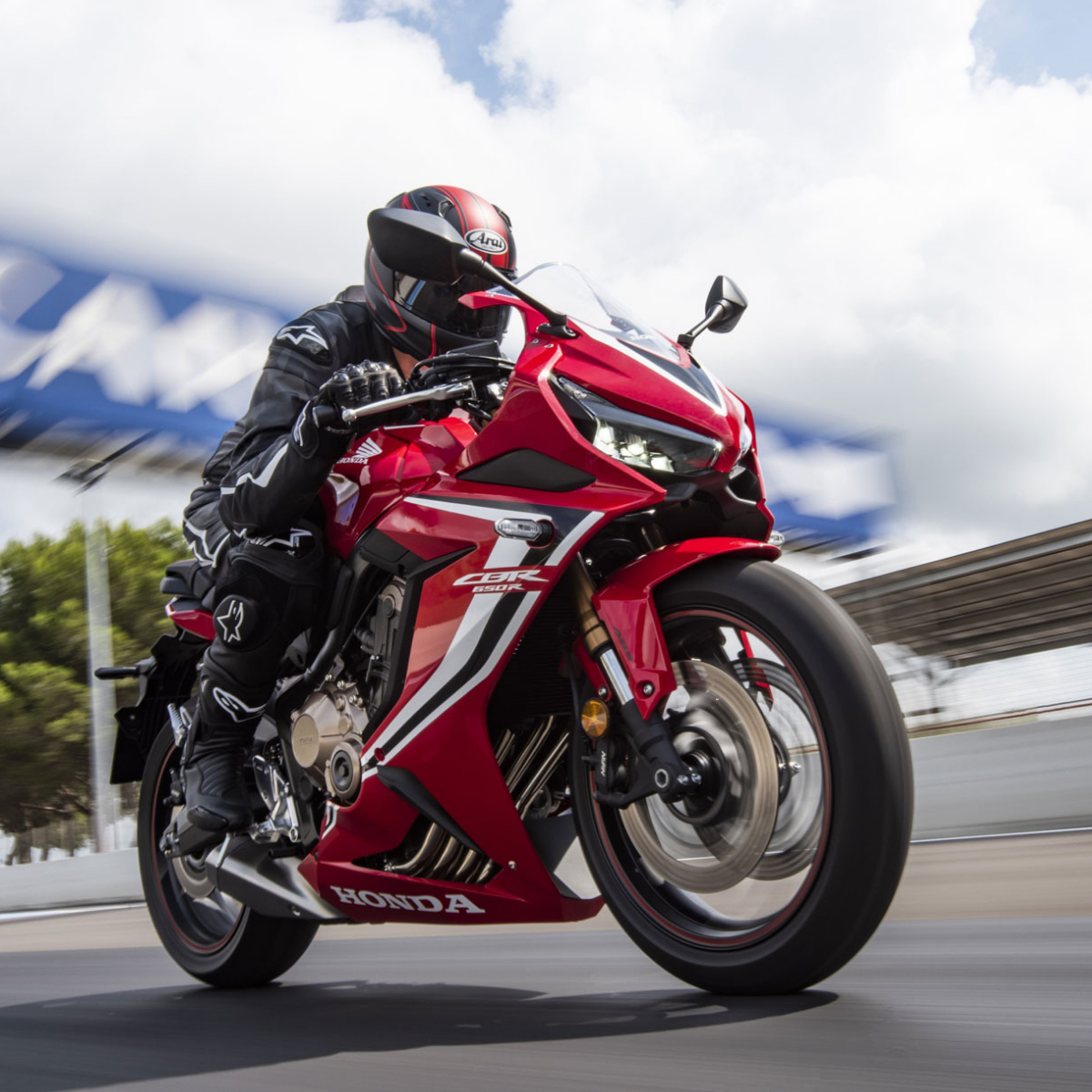 2019 Honda Cbr650r Launched Priced At Inr 7 70 Lakh Honda
