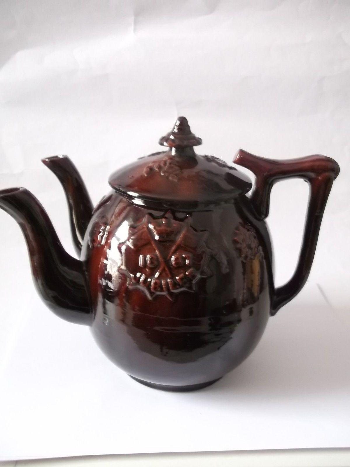 extremely rare queen victoria two spouted commemorative teapot