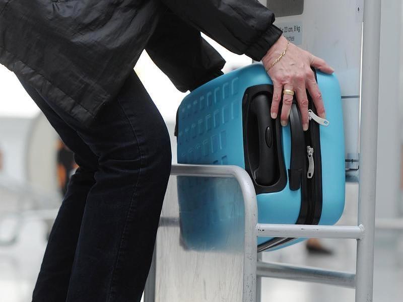 Größe und Gewicht Welches Handgepäck ist im Flugzeug