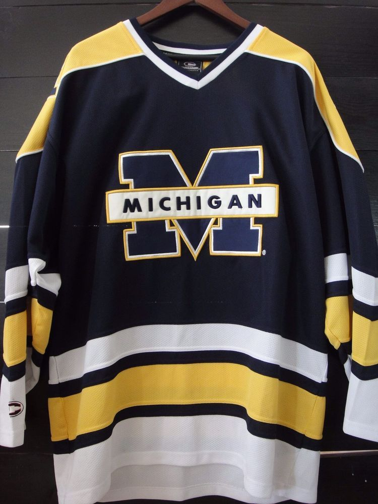 Vtg Michigan Wolverines Sewn Ncaa Hockey Jersey Men S Xl Colosseum Euc Ebay Mens Xl Hockey Jersey Michigan Wolverines