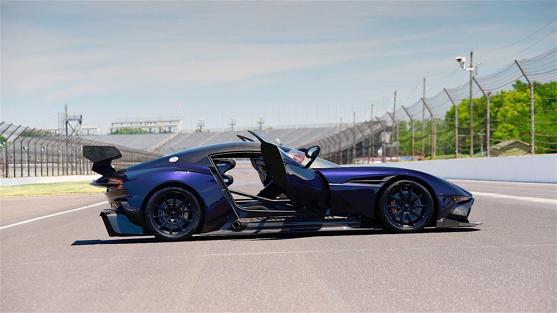 Aston Martin Vulcan Specs 2016 2017 Autoevolution