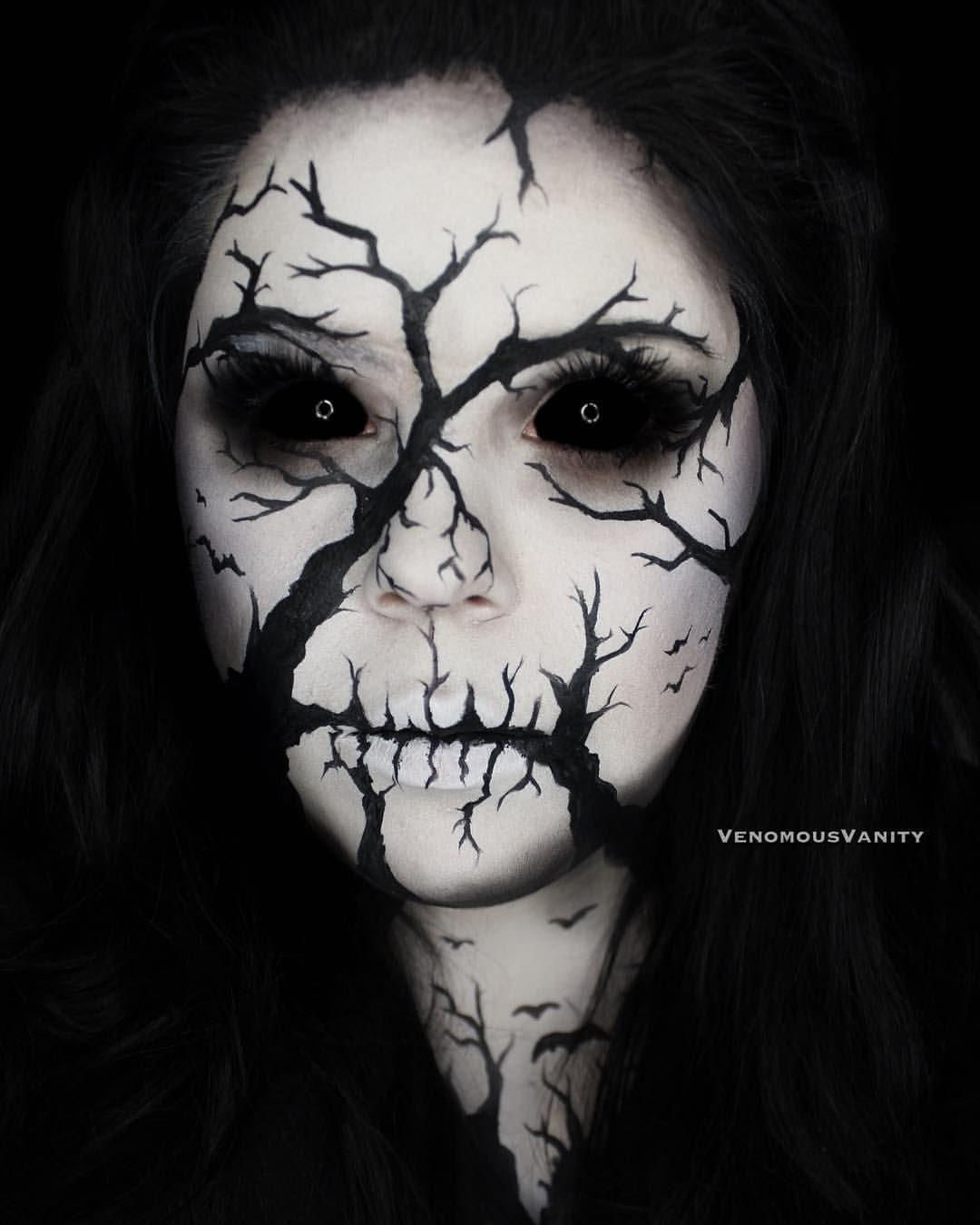 """Photo of Reba på Instagram: """"En av mina favoritblickar för min # 31-dagars halloween! Jag har gett mitt ansikte en paus efter den senaste månaden (det har blivit så arg på mig!) … """""""