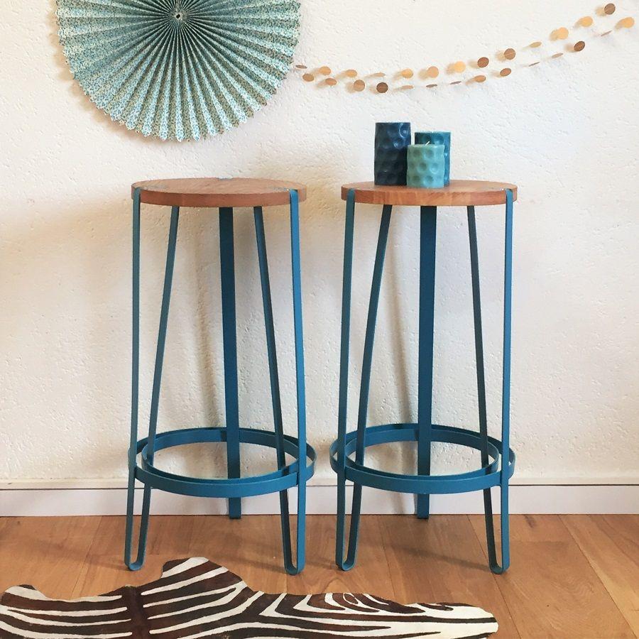 domitille le tabouret de bar tripode est un si ge inspir du style vintage industriel qui. Black Bedroom Furniture Sets. Home Design Ideas
