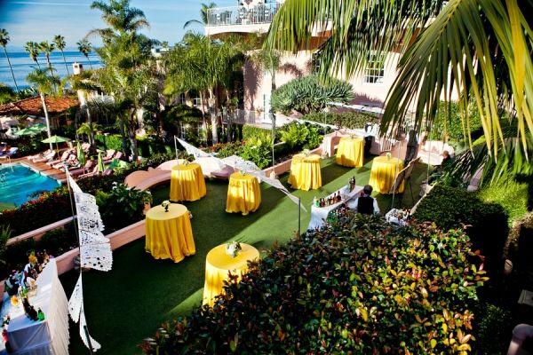 Beachside wedding reception | photography by http://www.jenniferdery.com/