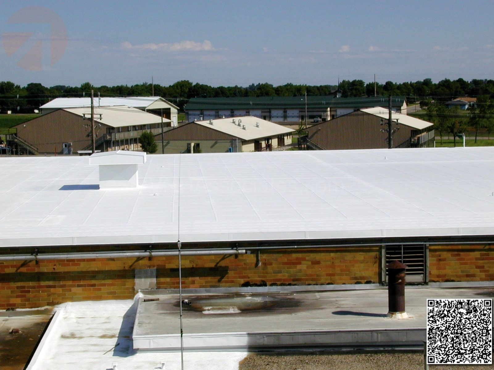 Conklin Elastomeric Foam Membrane White Roof Products And Installation Photos Roofing Outdoor Decor Home
