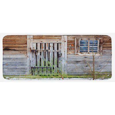 Photo of East Urban Home Retro neglisjert gammelt våningshus Rustikk tre dør og vindu Rura …