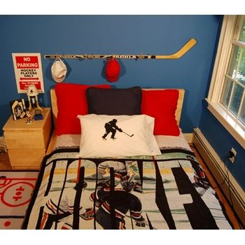 Hockey bedroom and personalized hockey room decor ideas. | Puck It ...