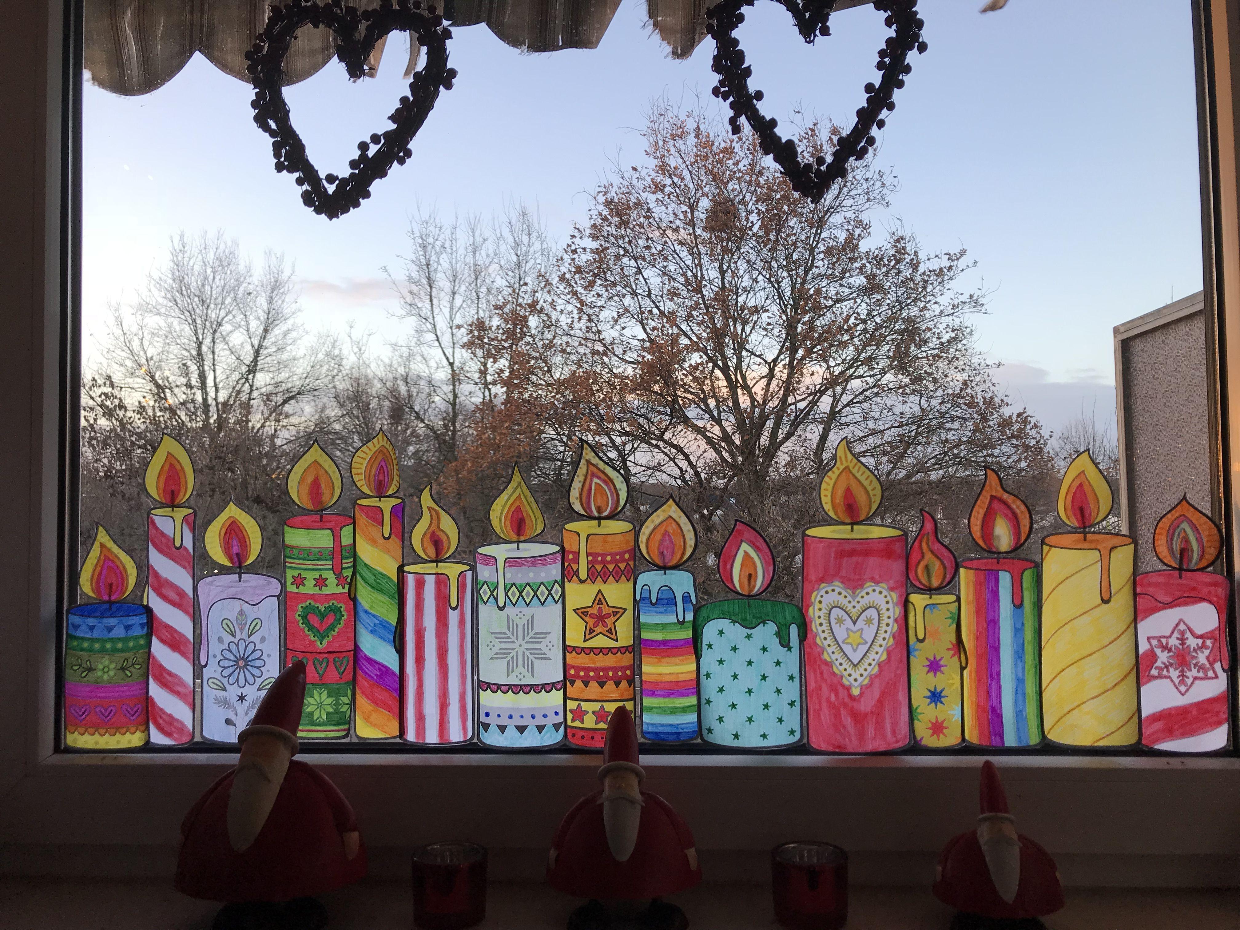 Fensterdekoration Mit Den Kerzenvorlagen Von Bine Brandle Binebrandle Fen Fensterbilder Weihnachten Basteln Fensterdeko Weihnachten Basteln Fensterdekoration