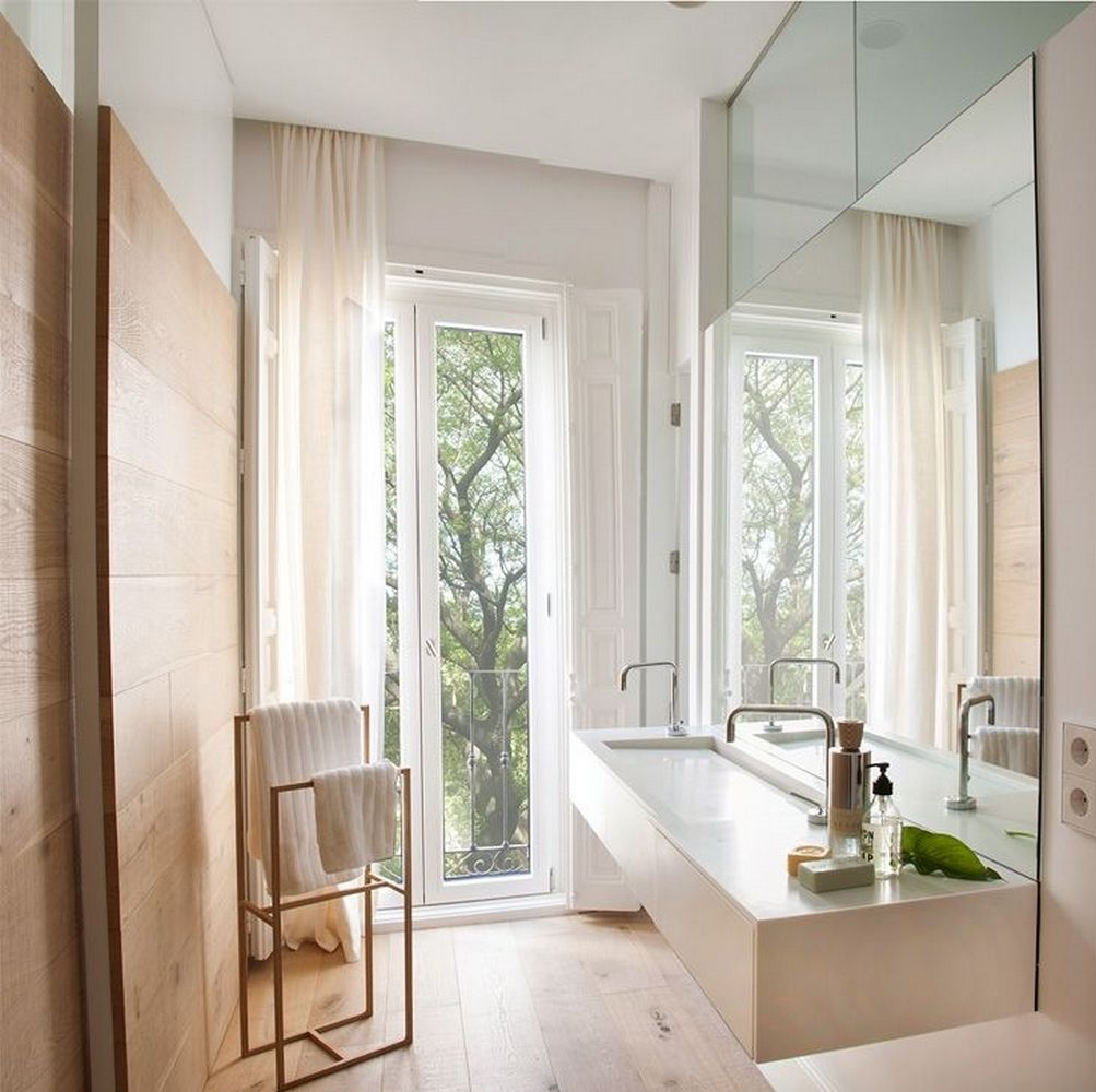 13 Dreamy Bathroom Lighting Ideas: Exquisite Natural Light In A Dreamy Home