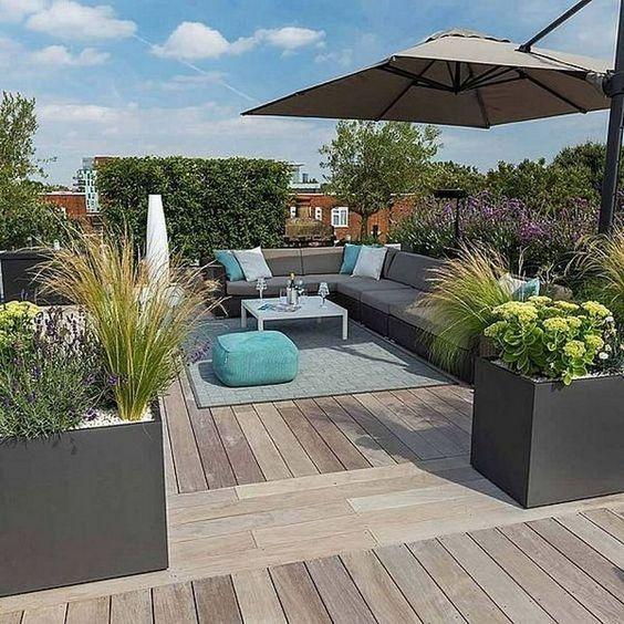 40 Cozy Outdoor Terrace Ideas For The Summer Roof Garden Design Rooftop Terrace Design Apartment Garden