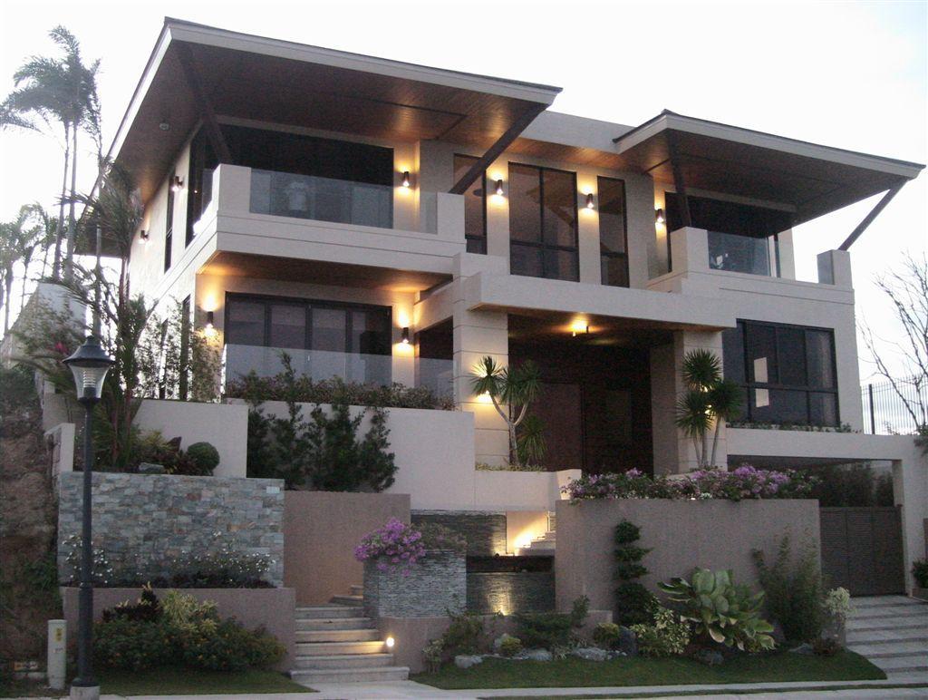 Modern zen house with balcony