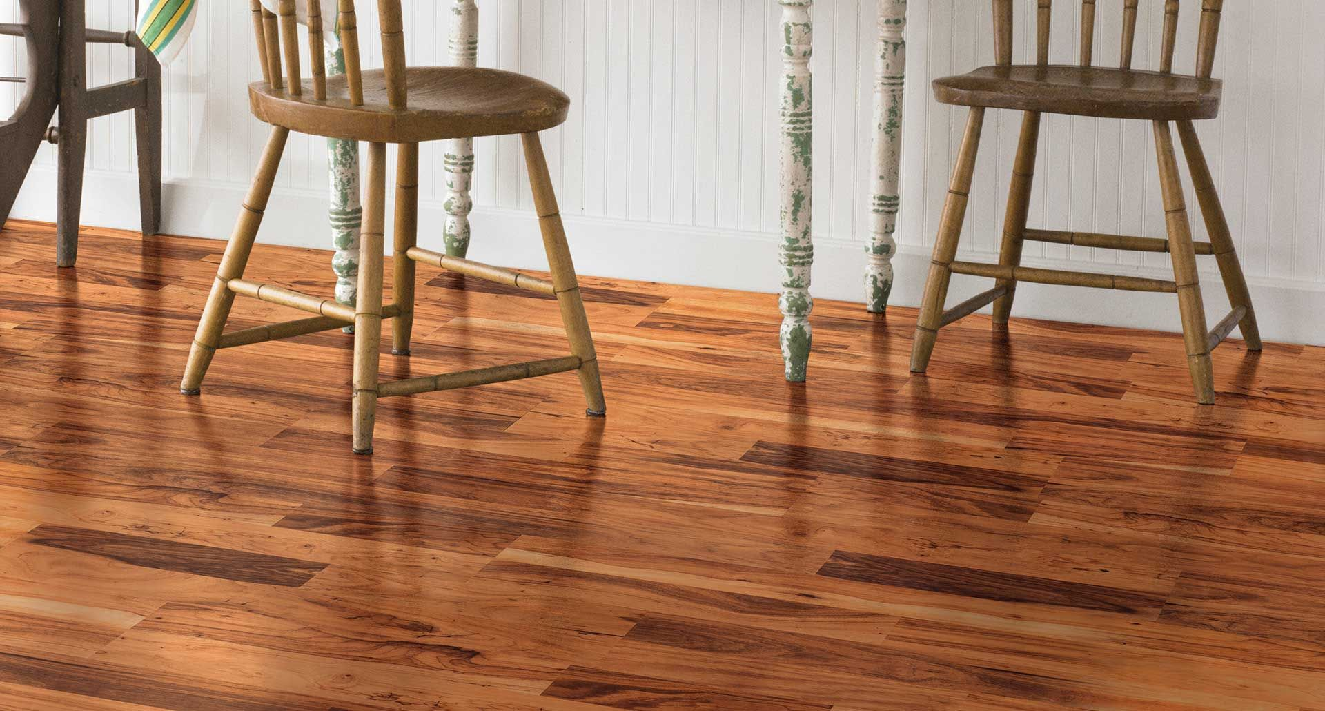 Midland Pecan Smooth Laminate Floor Medium Pecan Wood Finish 8mm 2 Strip Plank