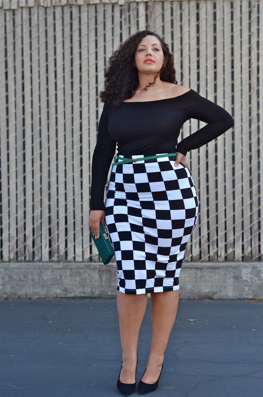 Checkered | Curves and Girls