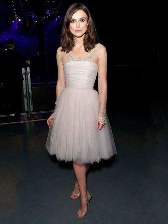 Keira Knightley Had A Second Not So Thrifty Wedding Dress Chanel Brautkleid Kleid Hochzeit Kate Middleton Hochzeitskleid