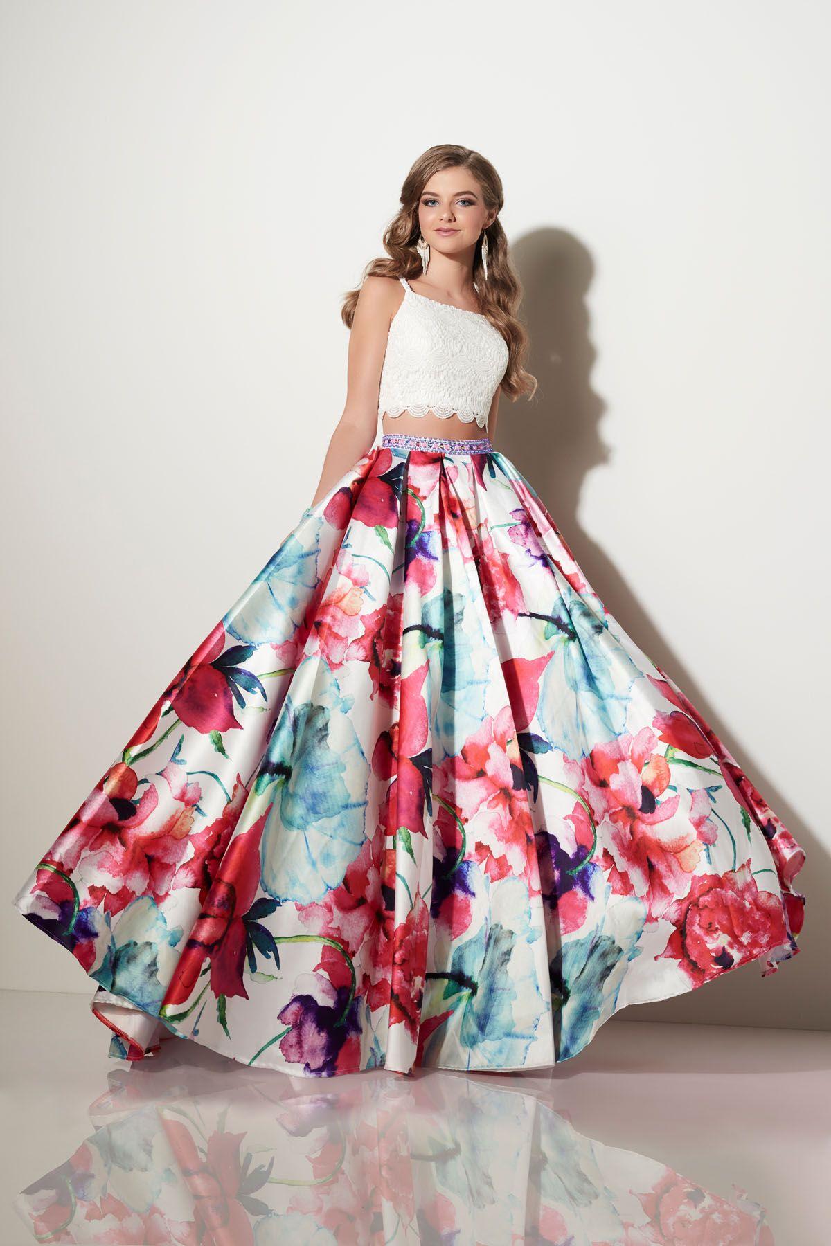 Make A Huge Splash With Studio 17 Prom Ipa Best Prom Dresses Prom Dresses Two Piece Piece Prom Dress [ 1800 x 1200 Pixel ]